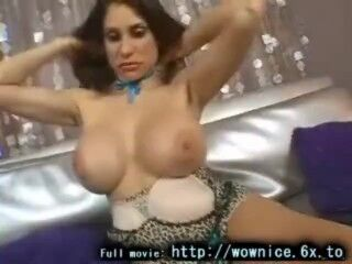 Carolina looks fantastic and not scared to show off her lovely big brown tits in public. as she push Thumb
