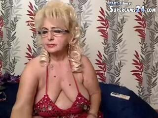 porno-v-chulkah-so-struynim-orgazmom