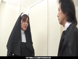 First-ever xxx practice for Japan nun, Hitomi Kanou Thumb