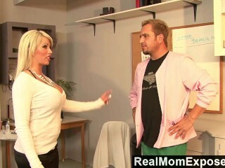 RealMomExposed - Boobilicious Brooke has everything to satisfy a stiffy Thumb