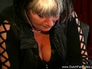 Dutch Cougar Practices Her Desire Thumb