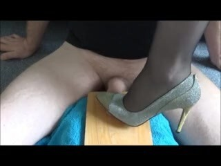 3 jism nylon foot wank Thumb