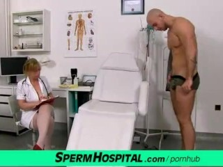 Gabina muddy Czech woman in uniform wanking off patient weenie Thumb