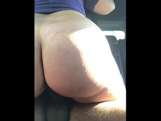 Hefty blond Phat Ass White Girl gets creampied while railing Big Black Cock in backseat Thumb