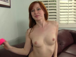 Kira Lake gets her clean-shaved labia nailed and packed with jism Thumb