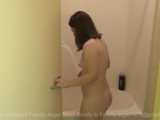 Felicity Angel Taking A Bathroom Thumb