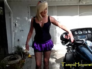 Revving Harleys Make Her Honeypot WET! Thumb